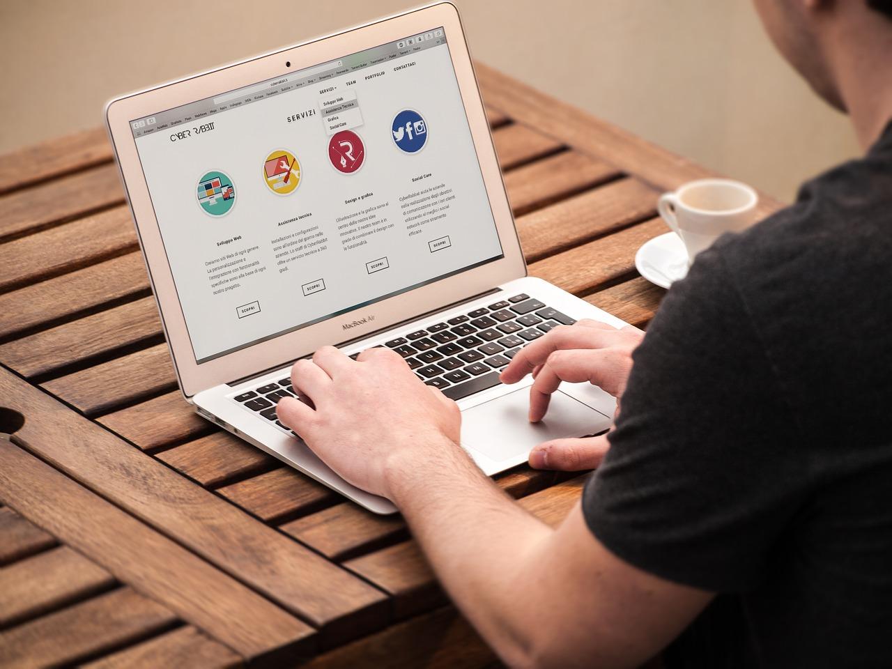 website designers in kolkata